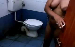 Indian Bhabhi Nude Bath
