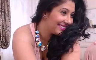 Indian Mumbai horny housewife spreading legs and fingering her wet pussy HD (new)
